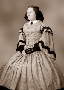 keyes_laura_mrs-lincoln_23-sepia1