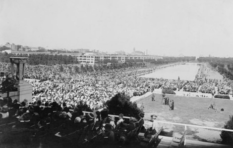 The crowd gathered for the Lincoln Memorial Dedication Ceremonies on May 30, 1922.
