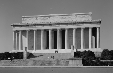 The Lincoln Memorial built between 1914 and 1922.