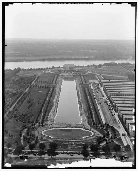 The Reflecting Pool was ready on the day of the Dedication Ceremonies on May 30, 1922.