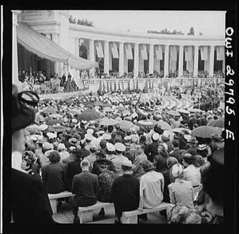 Memorial Day event at the Arlington Memorial Amphitheater in May, 1943.